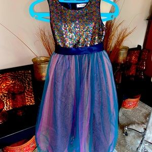 Size 6 girls beautiful dress